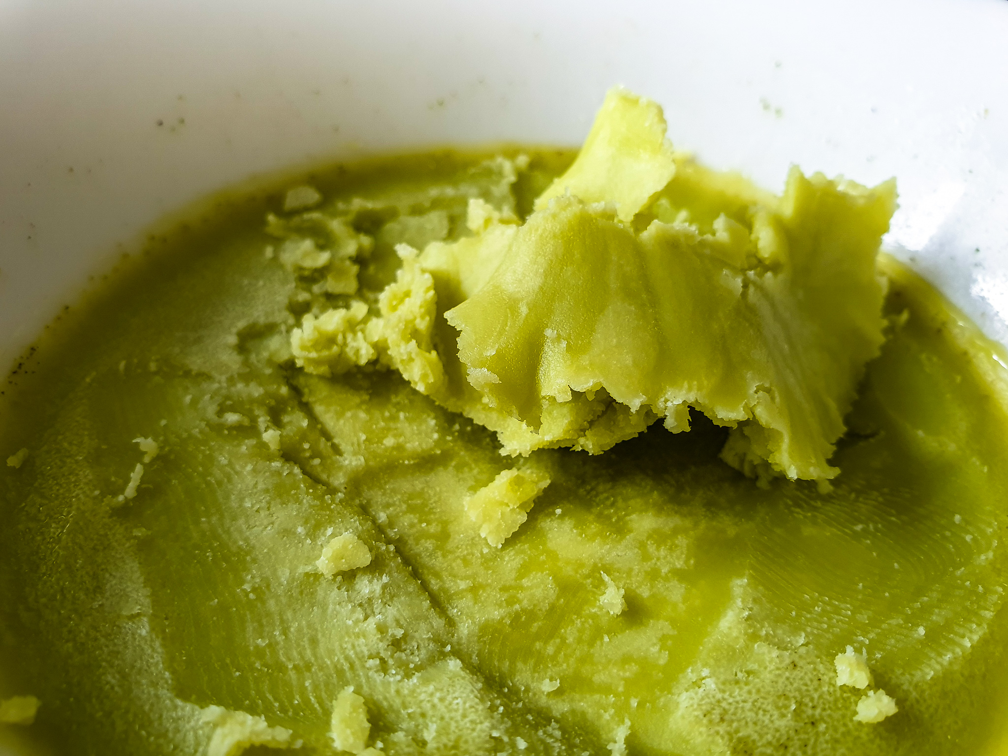 Przepis na masło konopne Cannabis sativa L.